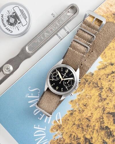 Hamilton-RAF-6BB-Chronograph-Creative-Shot.jpg