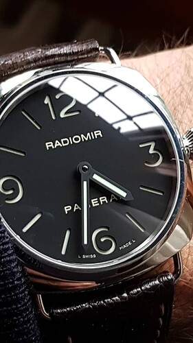panerai-radiomir-pam-210